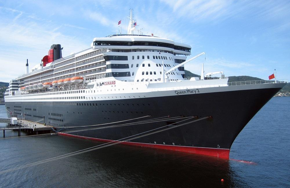 The Queen Mary 2 tips for traveling with a cat